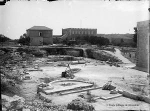 1894-Vue du futur sanctuaire St-Étienne de Jérusalem