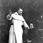 Le P. Lagrange et sa maman, en 1896